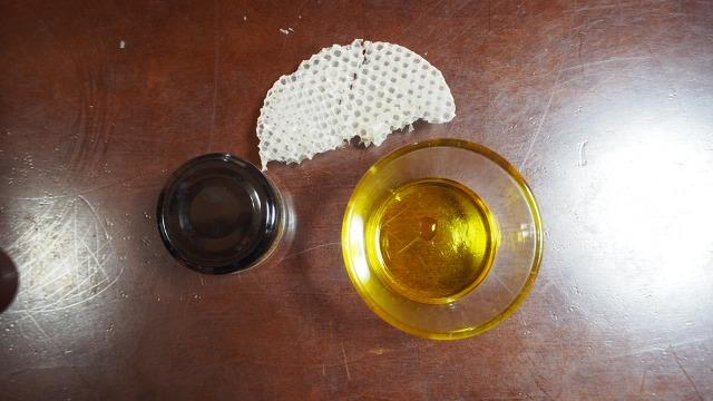 蜜蝋とオリーブオイル