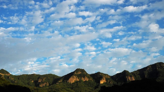 寒霞渓にうろこ雲・立秋