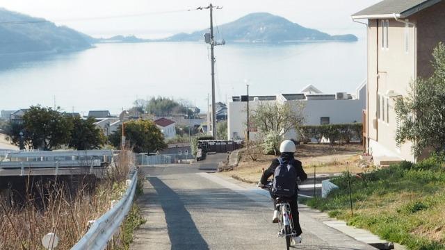 小豆島の朝。登校風景