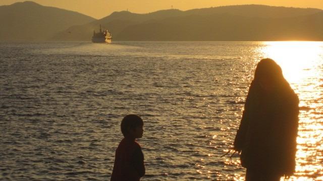 小豆島・草壁港。親子